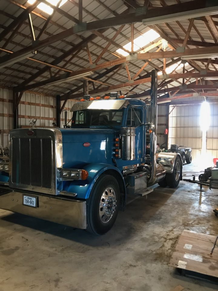 American Eagle Exhaust Stephenville Texas - Stainless Steel Truck Exhaust Short Wide Miter Cut 2
